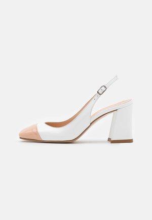 Classic heels - vernice