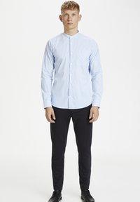 Matinique - Shirt - chambray blue - 1