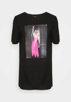VMINDY LONG  - Print T-shirt - black
