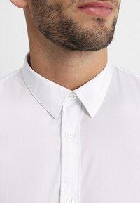 Zalando Essentials - Formal shirt - white - 5