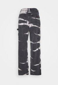BDG Urban Outfitters - JUNO JEAN - Vaqueros rectos - tie dye - 1