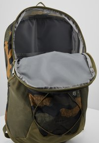 The North Face - RODEY - Rucksack - burnt olive - 4