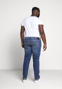 Jack & Jones - JJIGLENN JJORIGINAL - Slim fit jeans - blue denim - 2