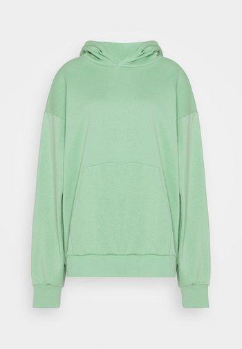 LINDA HOODIE - Jersey con capucha - light green
