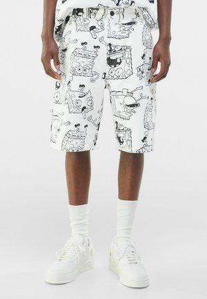 MIT PRINT SPONGEBOB X  - Denim shorts - white