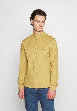 WORKWEAR - Overhemd - khaki