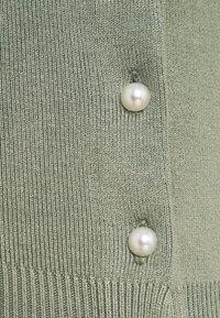 Dorothy Perkins - LUREX PUFF SLEEVE CARDIGAN - Chaqueta de punto - pistachio - 6