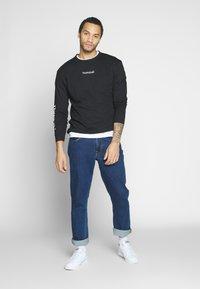 Nominal - REGRETS - Maglietta a manica lunga - black - 1