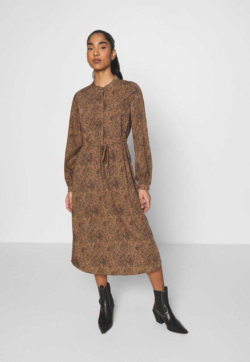Vila - VIKOLINA TIE STRING DRESS - Day dress - tobacco brown
