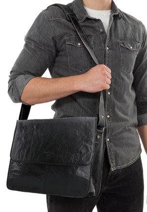 PHARELL - Taška spříčným popruhem - black