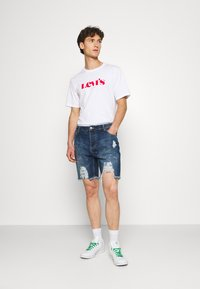 Good For Nothing - DISTRESSED - Denim shorts - blue - 1