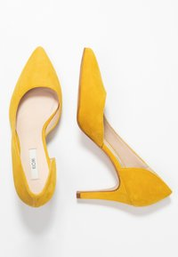 KIOMI Wide Fit - High heels - yellow - 3
