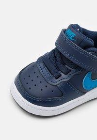 Nike Sportswear - COURT BOROUGH 2 UNISEX - Trainers - midnight navy/imperial blue/black - 5