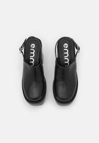 Emmshu - BROKE - Platform heels - black - 5