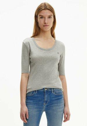 SLIM - Basic T-shirt - light grey heather