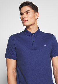 Calvin Klein Tailored - SOFT INTERLOCK SLIM - Poloshirt - blue - 3