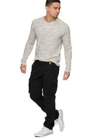 INDICODE JEANS - WILLIAM - Cargo trousers - new black - 1