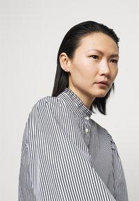 Lauren Ralph Lauren - 70S NON STRETCH - Button-down blouse - black/white - 4