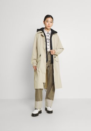 WANJA COAT 2-IN-1 - Parka - simply taupe