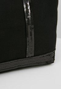 Vanessa Bruno - CABAS MOYEN - Shopping Bag - noir - 6