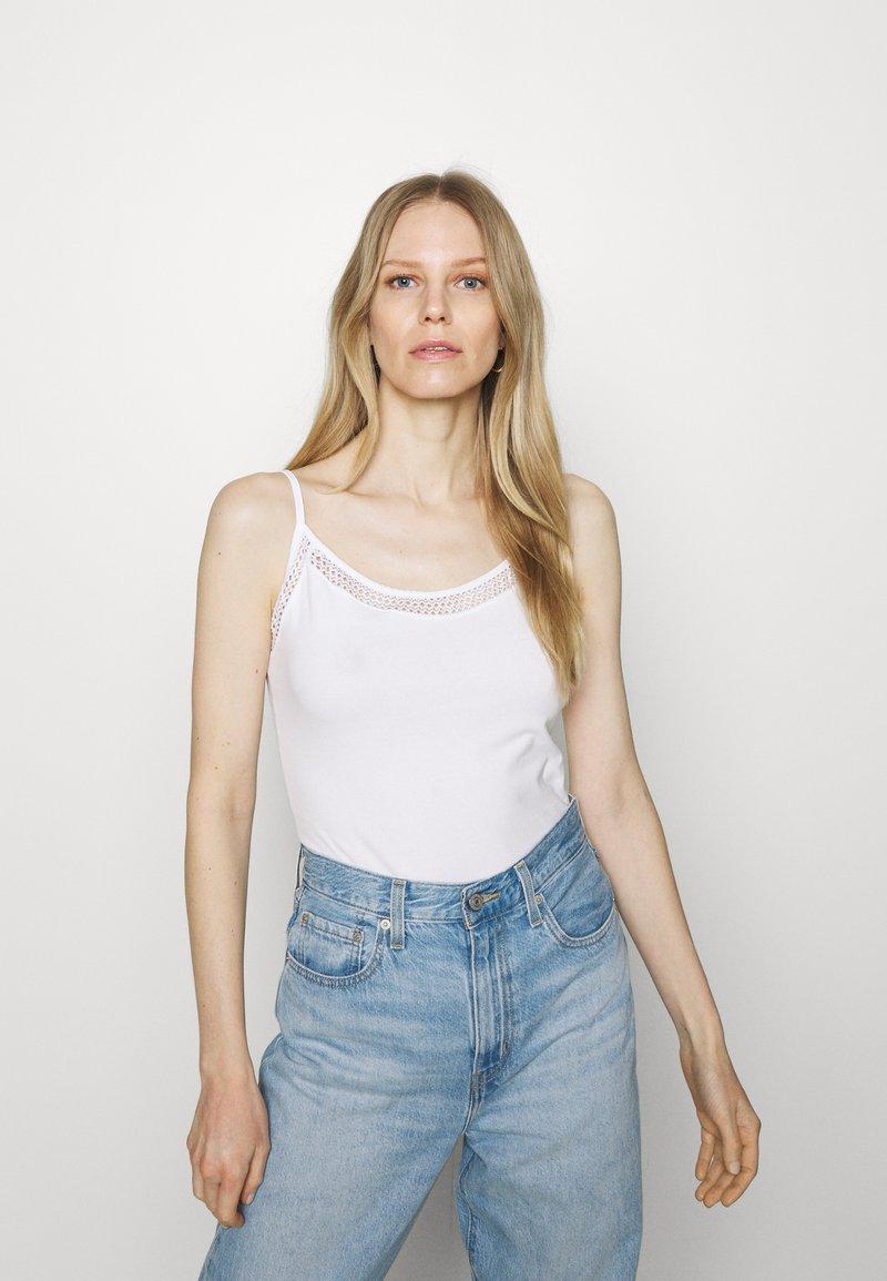 Anna Field - Toppe - white
