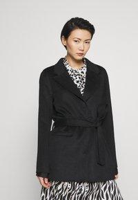 Bruuns Bazaar - POLLY GINA JACKET - Krátký kabát - black - 0