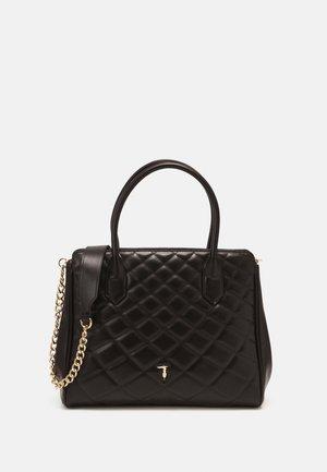 DAISY TOTE SMOOTH QUILTI - Handbag - black