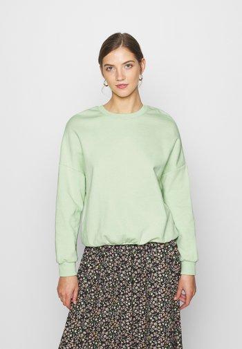 Oversized Sweatshirt - Sweatshirts - green