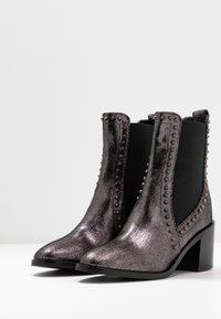 Liu Jo Jeans - OLIVIA - Classic ankle boots - pewter - 4