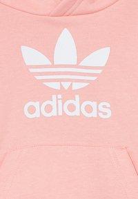 adidas Originals - TREFOIL HOODIE SET UNISEX - Tepláková souprava - glow pink/white - 3