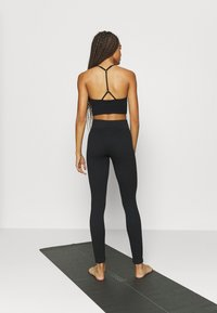 South Beach - SEAMLESS HIGH WAIST - Medias - black - 2