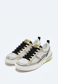 Pepe Jeans - Trainers - light grey - 2