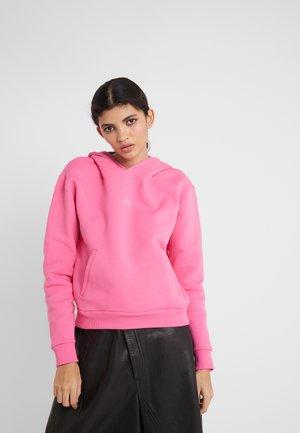 HANG ON HOODIE - Kapuzenpullover - pink