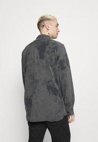 Levi's® - JACKSON WORKER UNISEX - Overhemdblouse - blacks - 2