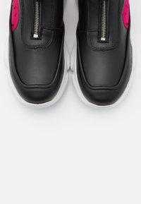 Joshua Sanders - HAMLIN BOOT SMILE - Zapatillas altas - black - 4