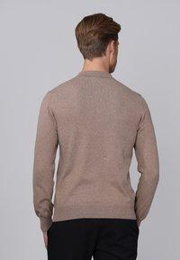 Basics and More - Jumper - light brown melange - 1