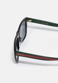 Gucci - UNISEX - Sunglasses - black/green/grey - 2