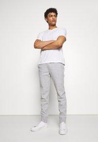 Michael Kors - Pantaloni sportivi - heather grey - 1