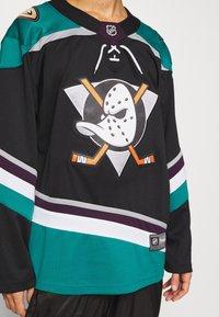 Fanatics - NHL ANAHEIM DUCKS FANATICS BRANDED ALTERNATE  - Klubové oblečení - black - 5