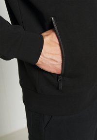 KARL LAGERFELD - HOODY JACKET - Zip-up hoodie - black - 5