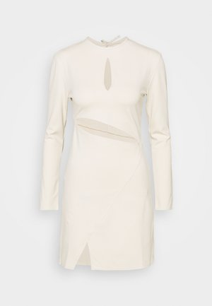 STEFANIE GIESINGER X nu-in CUT OUT LONG SLEEVE MINI DRESS - Pouzdrové šaty - beige