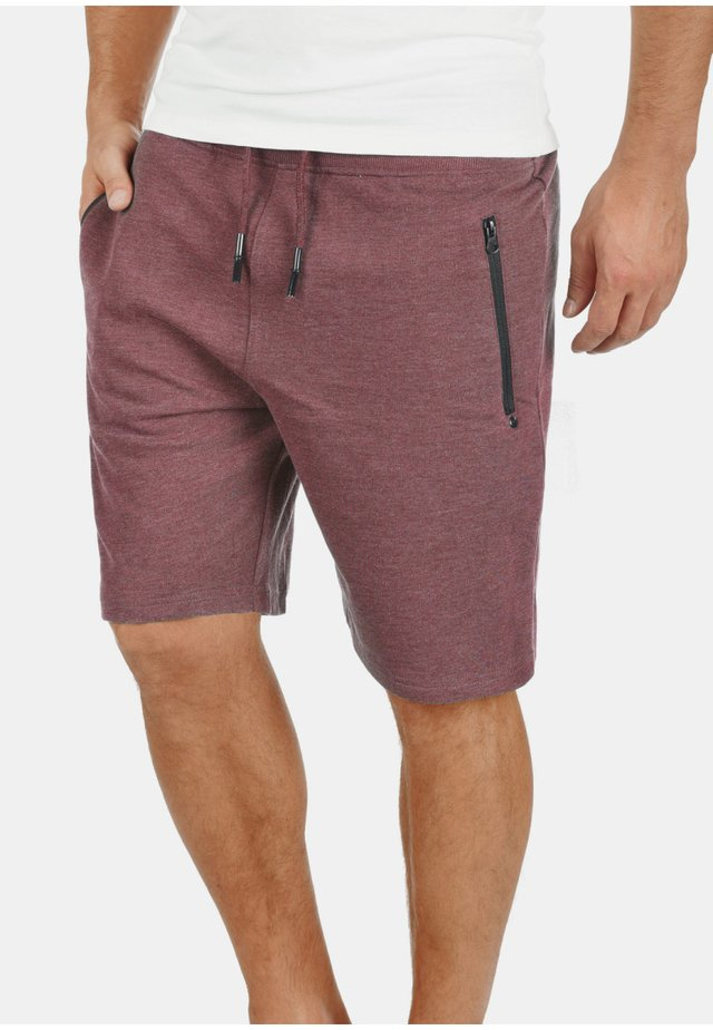SWEATSHORTS TARAS - Shorts - wine red m