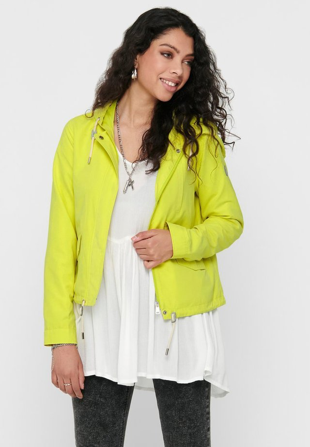 NEW SKYLAR SPRING - Training jacket - limeade