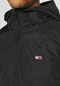 Tommy Jeans - PACKABLE  - Outdoorjacka - black - 3