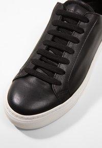 GARMENT PROJECT - TYPE - Sneakers - black - 2