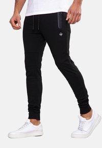 Threadbare - TRISTAIN  - Pantaloni sportivi - black - 0
