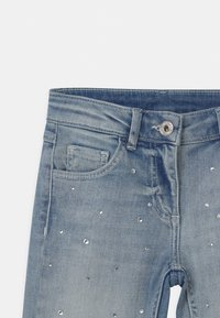 TWINSET - WOVEN - Jeans Skinny Fit - denim chiaro - 2