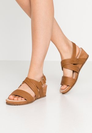 WIDE FIT LOW WEDGE - Wedge sandals - tan