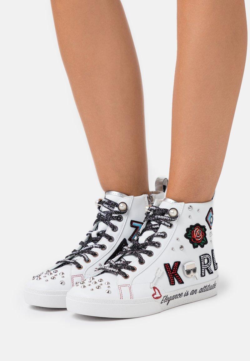KARL LAGERFELD - SKOOL BADGE - Sneaker high - white