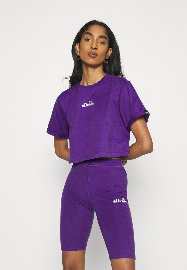 NANCIE - Printtipaita - dark purple